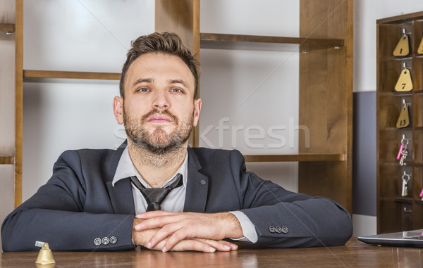 Portret receptionist bureau klein herberg computer Stockfoto © RazvanPhotography