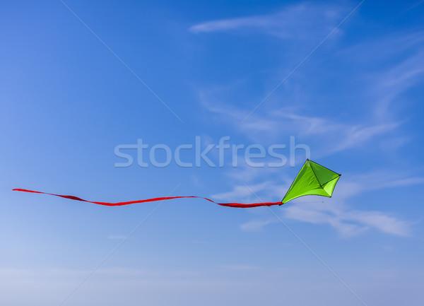 Uçurtma uçan yeşil bulutlu mavi gökyüzü mutlu Stok fotoğraf © RazvanPhotography