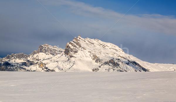 Csúcs tél gyönyörű hegycsúcs fedett hó Stock fotó © RazvanPhotography