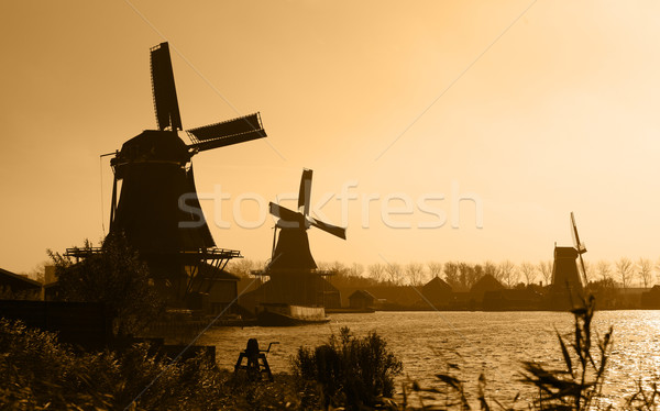 Silhouettes traditionnel paysage Voyage ferme Photo stock © RazvanPhotography