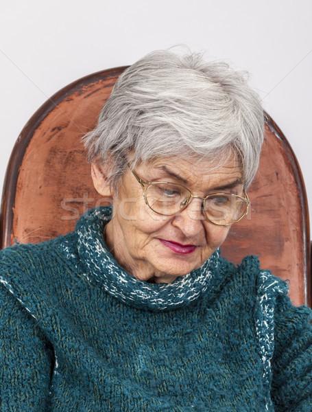 Portré szomorú öregasszony szemüveg nő anya Stock fotó © RazvanPhotography