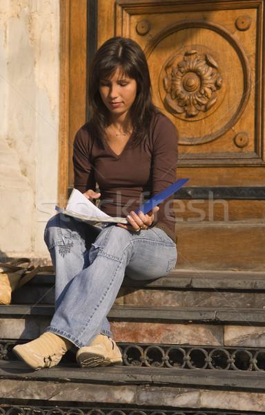 Stok fotoğraf: Genç · kız · okuma · görüntü · esmer · öğrenci · kız