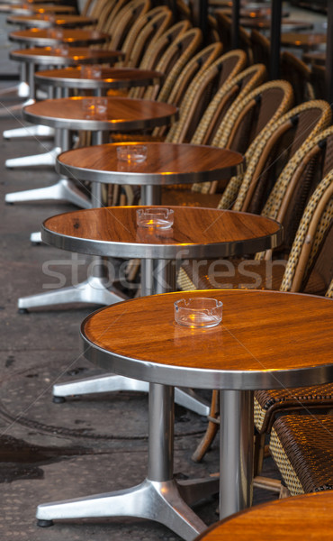Parijzenaar straat terras rij stoelen traditioneel Stockfoto © RazvanPhotography