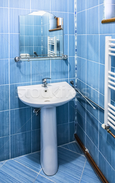 синий ванную интерьер раковина зеркало общежитие Сток-фото © RazvanPhotography