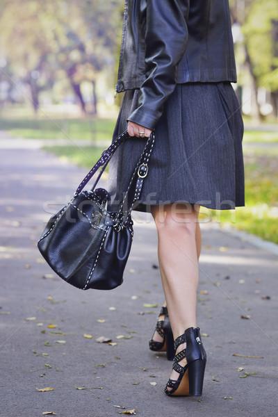 Moda jovem elegante mulher Foto stock © razvanphotos