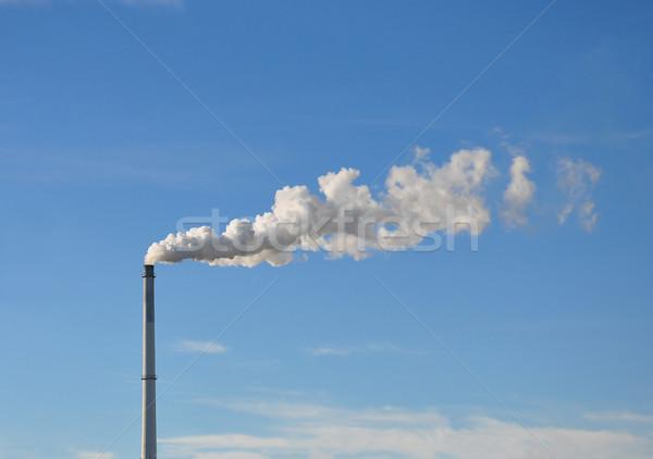 Przemysłowych komin niebo niebieski Chmura zanieczyszczenia Zdjęcia stock © rbiedermann