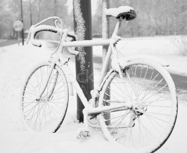 велосипедов снега велосипед велосипедах транспорт Сток-фото © rbouwman