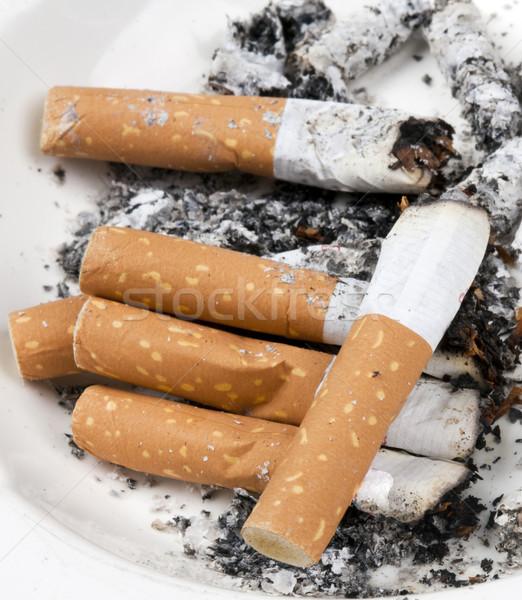 пепельница полный сигареты белый дым смерти Сток-фото © rbouwman