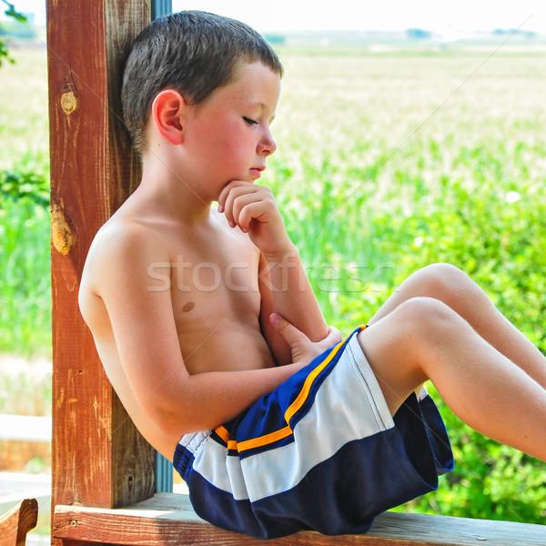 Kicsi fiú elvesz törik forró nyár Stock fotó © rcarner