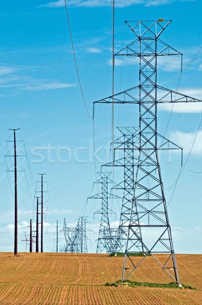 高電圧 行 新しく 技術 金属 フレーム ストックフォト © rcarner