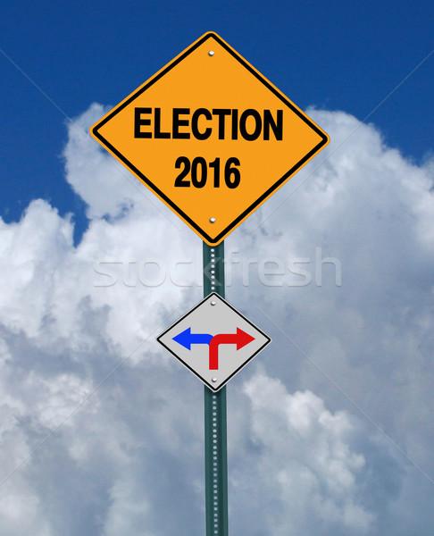 Foto stock: Eleição · 2016 · direito · à · frente · assinar · blue · sky