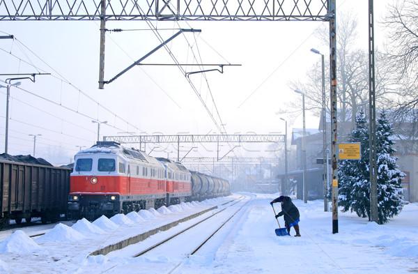 зима железнодорожная станция поезд дизельный женщину Сток-фото © remik44992