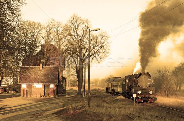 Foto stock: Velho · retro · vapor · trem · pequeno · estação