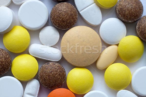 Pilules différent médecine couleur chimie Photo stock © remik44992