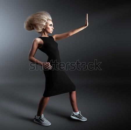 Vrouw futuristische kapsel stijl stoppen Stockfoto © restyler
