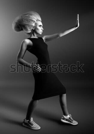 フィットネス 少女 ダンベル 暗い 孤立した ストックフォト © restyler