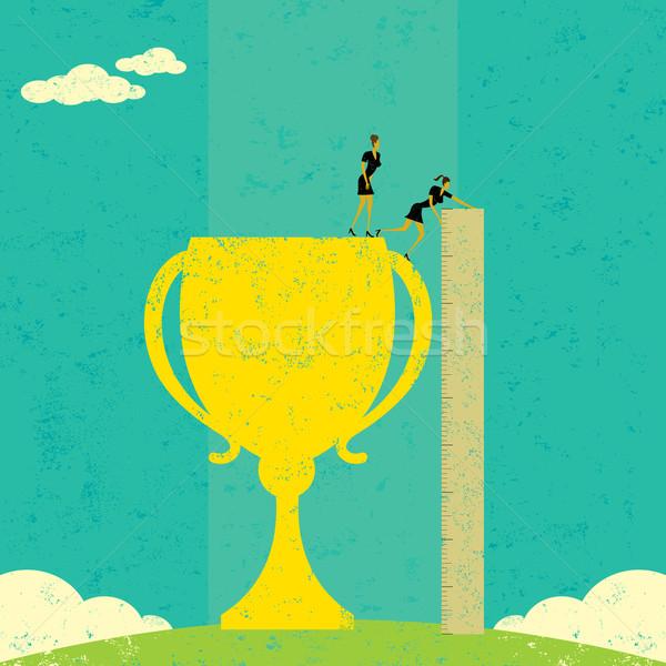 Empresárias sucesso equipe de negócios governante medir Foto stock © retrostar