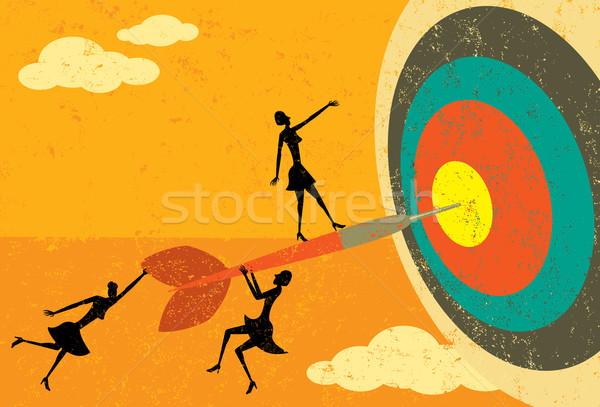 Cel przedsiębiorców dart oka kobiet oddzielny Zdjęcia stock © retrostar
