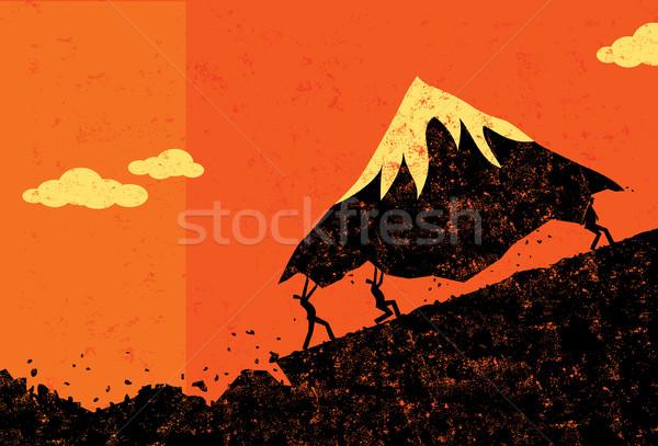 Em movimento montanhas empresários montanha homens separado Foto stock © retrostar