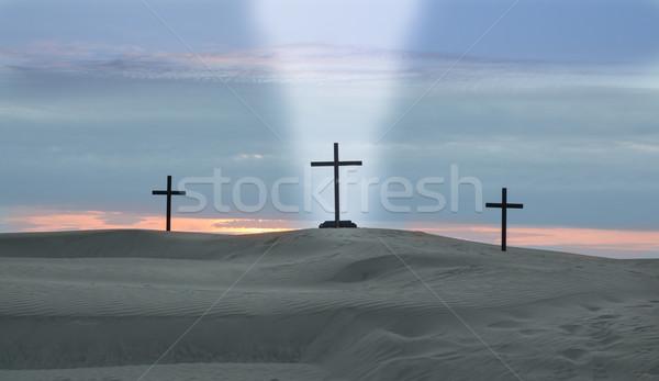 Atravessar viga luz três cruzes deserto Foto stock © rghenry