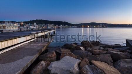 Madrugada Wellington porto rochas manhã luz Foto stock © rghenry