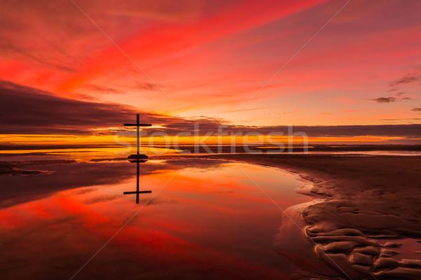Zbawienie refleksji czarny krzyż niski fala Zdjęcia stock © rghenry