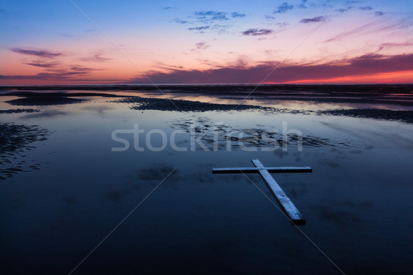 Croix faible marée plage eau Photo stock © rghenry