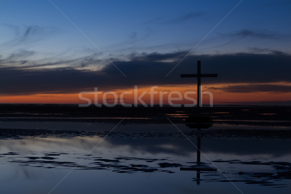 Black Cross Tide Sundown Stock photo © rghenry