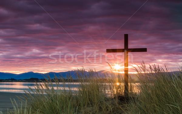 Zbawienie świcie słońce krzyż rano dać Zdjęcia stock © rghenry