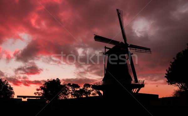 Windmolen New Zealand Rood wolk zonsondergang nacht Stockfoto © rghenry