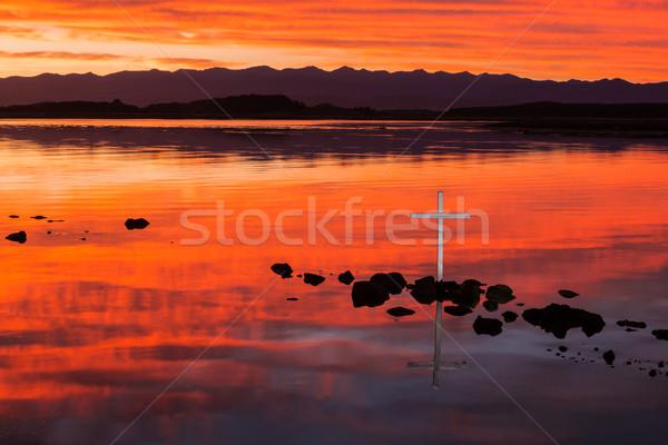 Spokojny zbawienie krzyż wspaniały Świt rzeki Zdjęcia stock © rghenry
