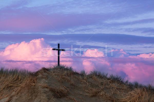 Viharfelhők kereszt egy fekete homokdűne csodálatos Stock fotó © rghenry