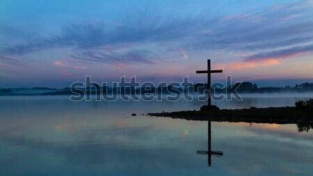 Buğu şafak çapraz siyah sabah göl Stok fotoğraf © rghenry