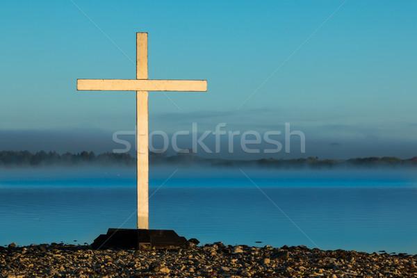 Stockfoto: Witte · mist · kruis · ochtend · achter