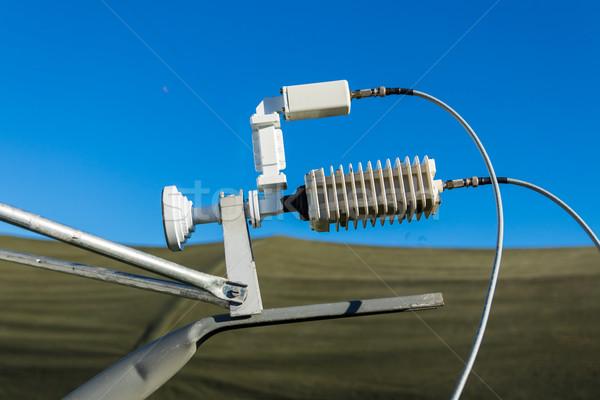 Edény hordozható parabolaantenna rádió kommunikáció műhold Stock fotó © rghenry