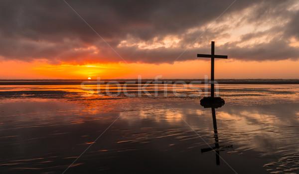 Tengerpart megváltás kereszt fekete sziluett Krisztus Stock fotó © rghenry