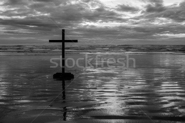 Black Cross Beach Stock photo © rghenry