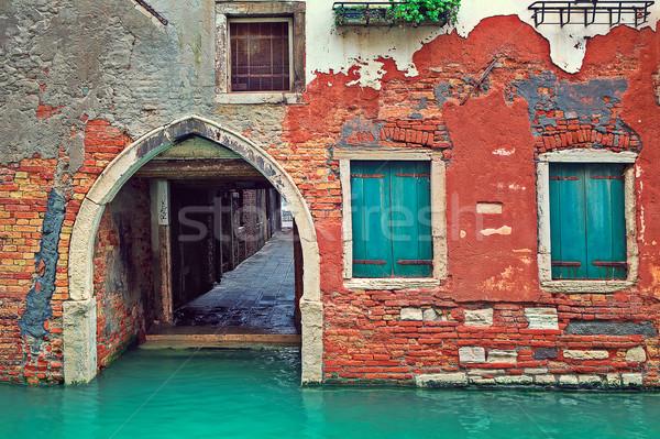 Rosso mattone casa piccolo canale Venezia Foto d'archivio © rglinsky77