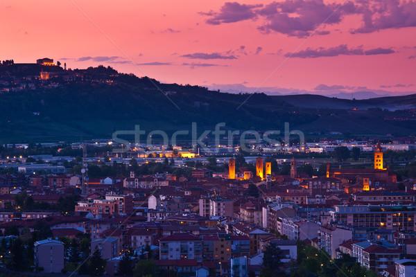 şehir akşam gün batımı güzel gökyüzü kuzey Stok fotoğraf © rglinsky77