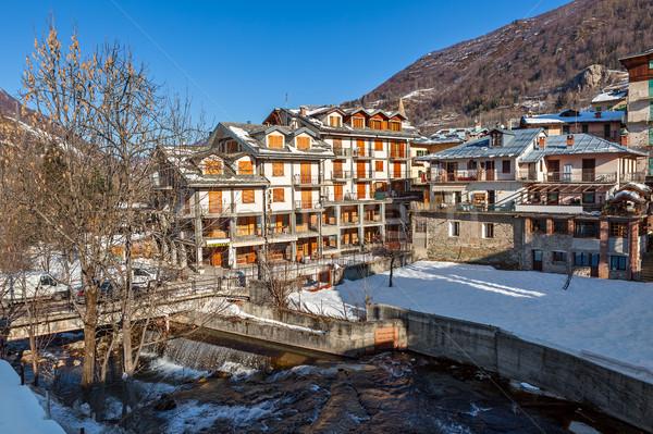 Ver córrego casas cidade coberto neve Foto stock © rglinsky77