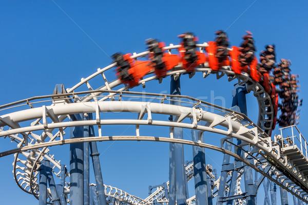 Montanha-russa blue sky céu azul vermelho acelerar Foto stock © rglinsky77