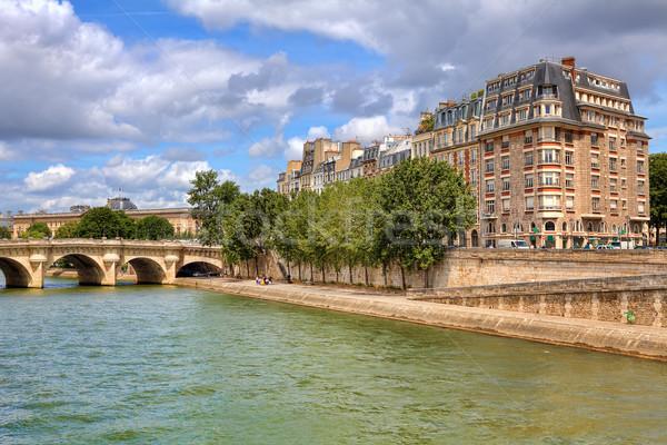 Párizsi városi kilátás híd promenád folyó Stock fotó © rglinsky77