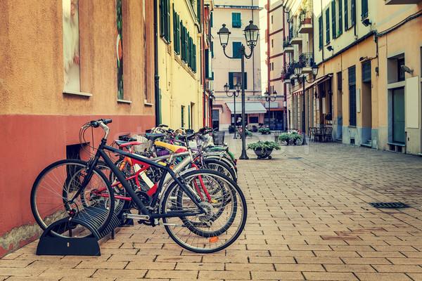 Bisikletler sokak farklı şehir park Stok fotoğraf © rglinsky77