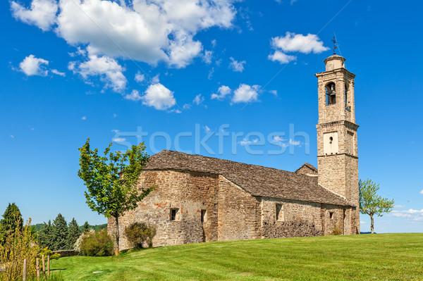 Eski kırsal kilise İtalya taş yeşil ot Stok fotoğraf © rglinsky77