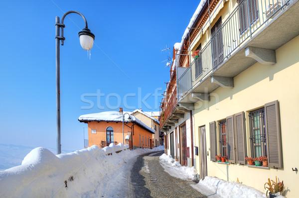 Keskeny utca kisváros Olaszország fedett hó Stock fotó © rglinsky77
