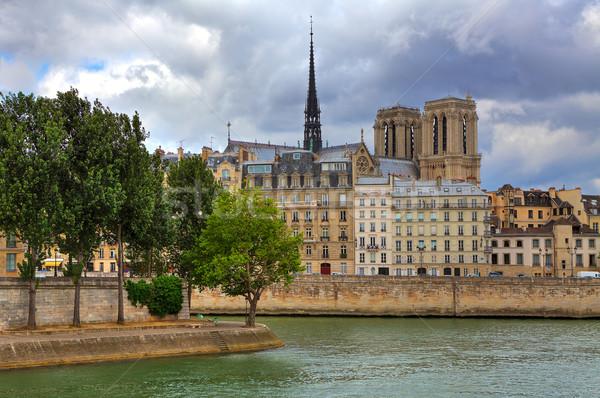 Hölgy Párizs párizsi épületek katedrális tipikus Stock fotó © rglinsky77