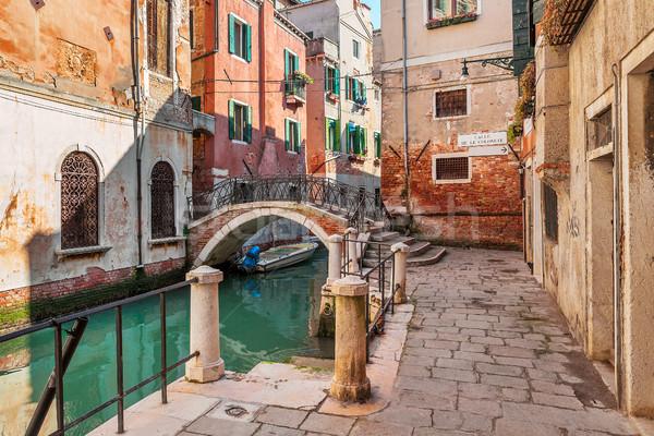 Típico veneziano ver pequeno canal velho Foto stock © rglinsky77