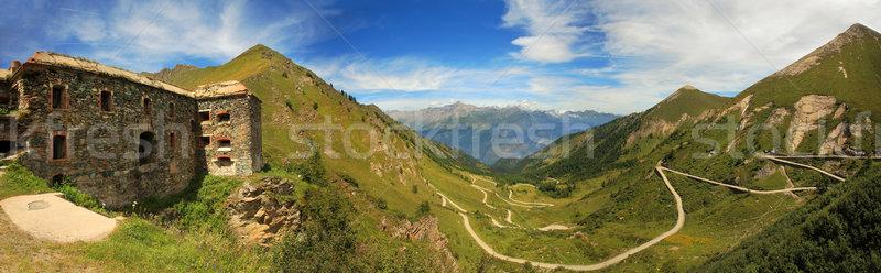 Panoramique vue vallée alpes anciens route Photo stock © rglinsky77