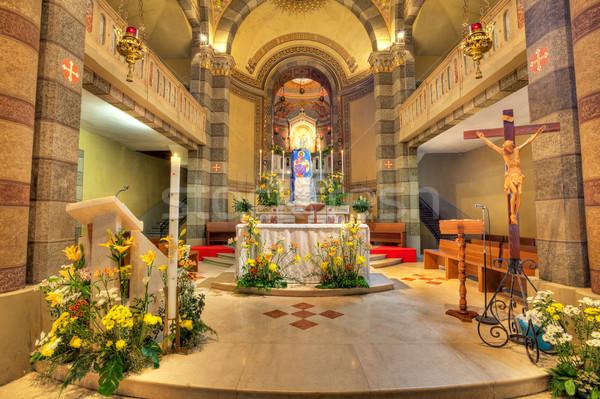 Catholique église intérieur vue Italie autel Photo stock © rglinsky77