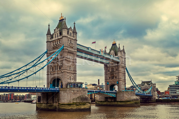 Tower Bridge nuvoloso cielo view Londra città Foto d'archivio © rglinsky77